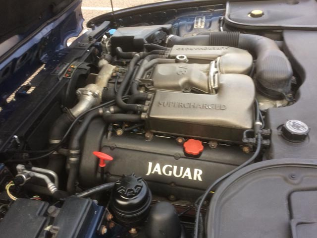 Annual Christmas Classic: 12 Dec 2017 - 2001 Jaguar XJR 8