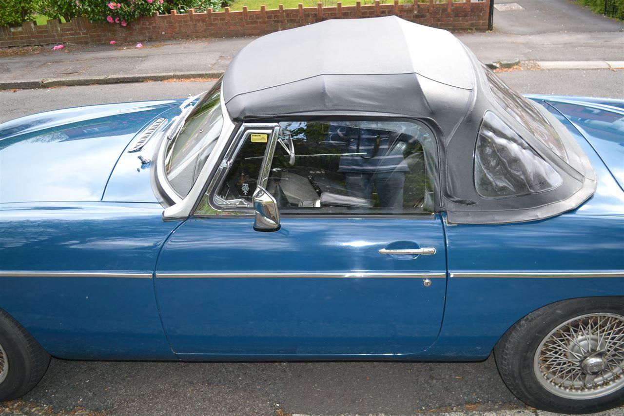 1972 MG B Roadster
