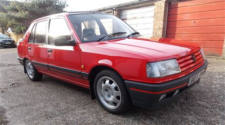 131-miles-in-28-years---time-warp-peugeot-to-go-under-the-hammer-at-barons