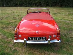 Annual Christmas Classic: 12 Dec 2017 - 1969 MG MGC Roadster